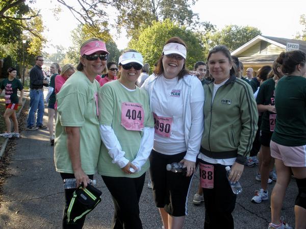 Liz Hurley Ribbon Run